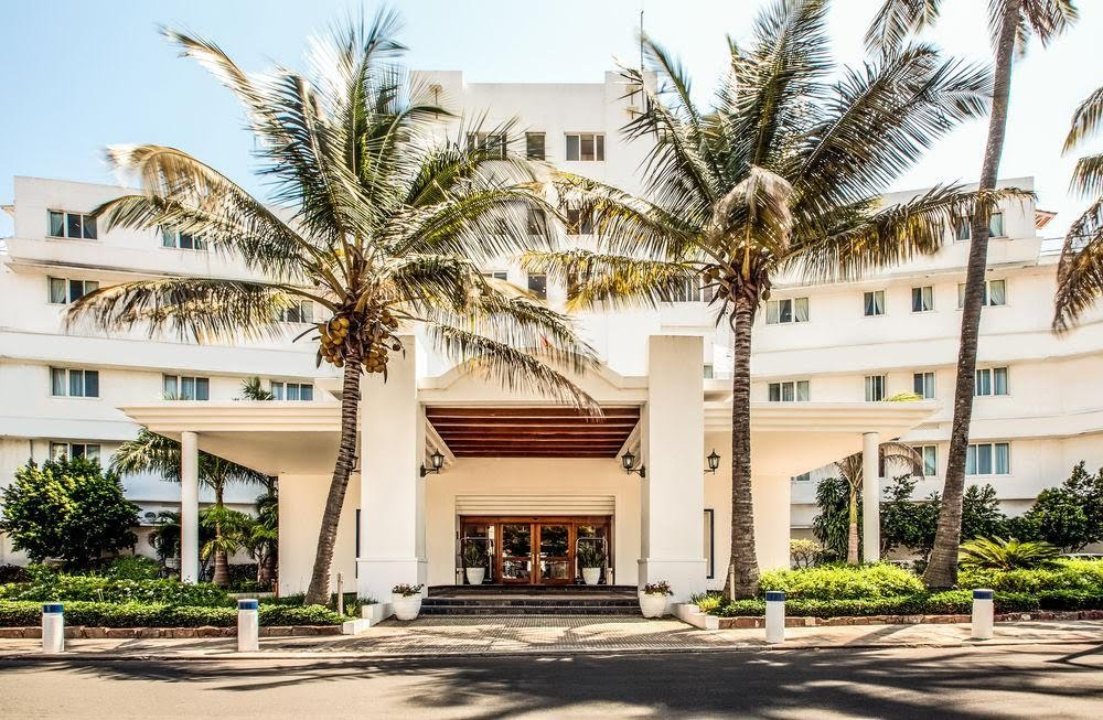 Hotel Cardoso Maputo Accommodation Entrance